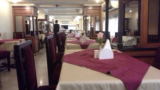 Sovereign Hotel: restaurant