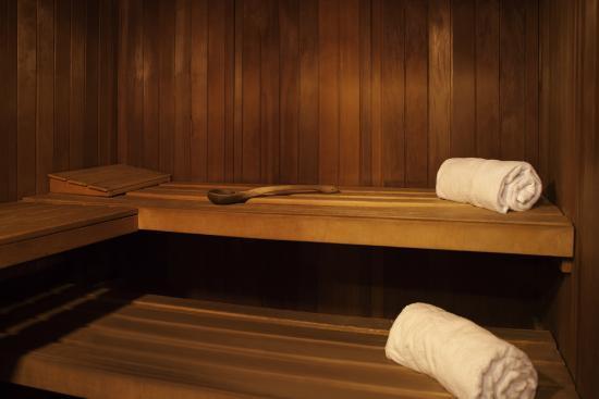 bar lounge picture of novotel le havre centre gare. Black Bedroom Furniture Sets. Home Design Ideas