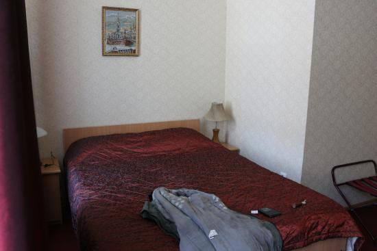 Dom Dostoyevskogo Hotel: Удобная Кровать