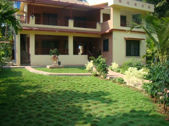 Raanwaara Cottage
