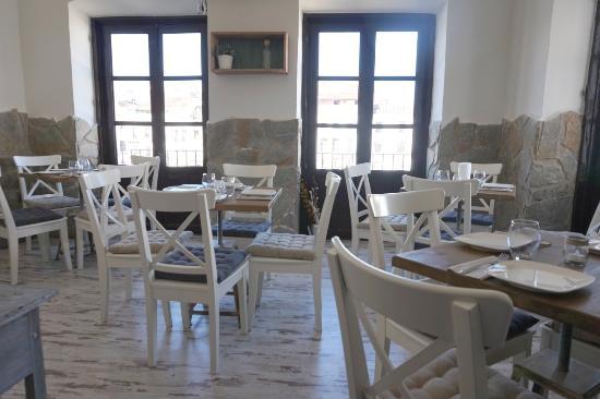 Almagesto - Puerta de la Estrella: Comedor