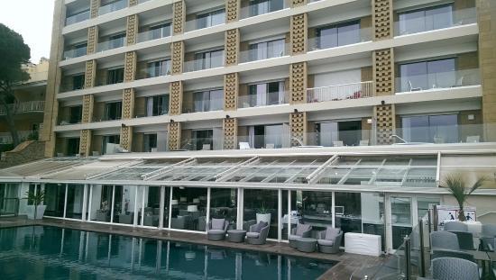 La partie mini bar picture of ile rousse hotel thalazur for Hotels ile rousse