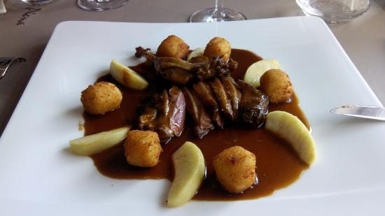 Photo of Belgian Restaurant Eethuisje Luna Piena at Kerkstraat 4, Damme 8340, Belgium