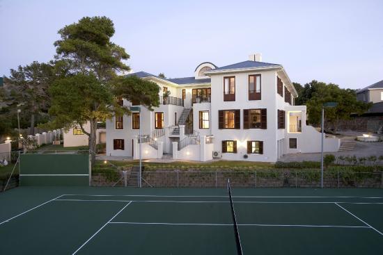 Nova Constantia Boutique Residence: Tennis Court
