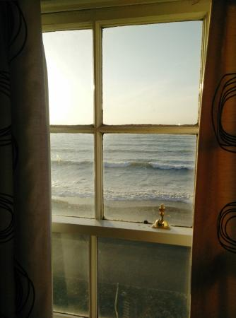 Seaspray Guest House : Great view and sound of waves