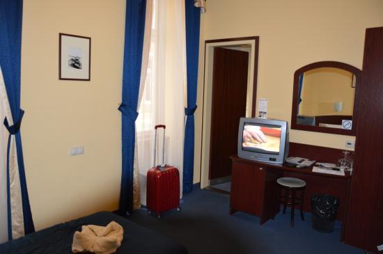 Hotel Central Basilica: Chambre 103