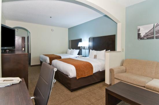 Comfort Suites New Orleans: Double Queen Suite