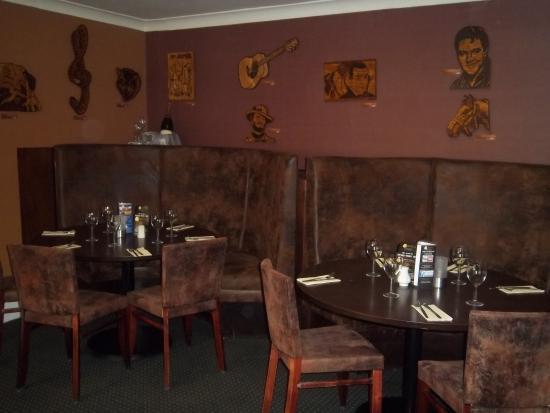 The Beech Tree Inn: Conservatory