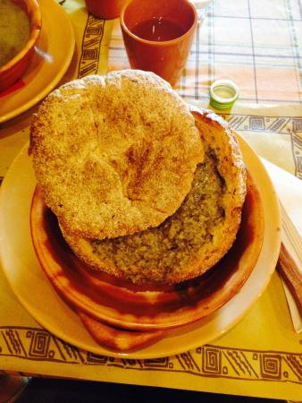La Grotta di Visidiano Bistro : Zuppa di funghi in crosta