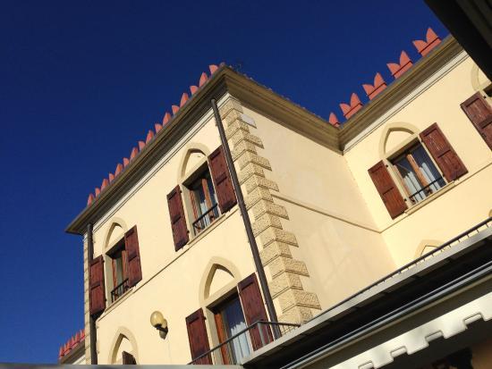Ristorante Hotel Cassone: facciata albergo