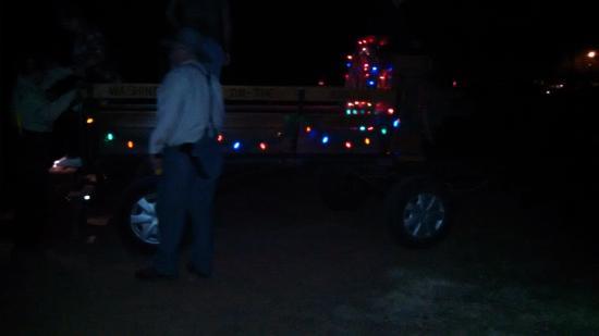 Anderson, Техас: Buckboard Wagon Lit Up