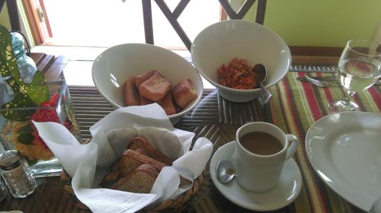The Villas at Sunset Lane: Yummy traditional breakfast