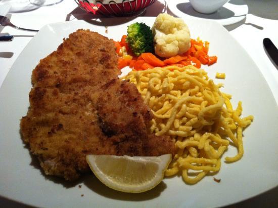 Restaurant Zum Schwan : The best schnitzel