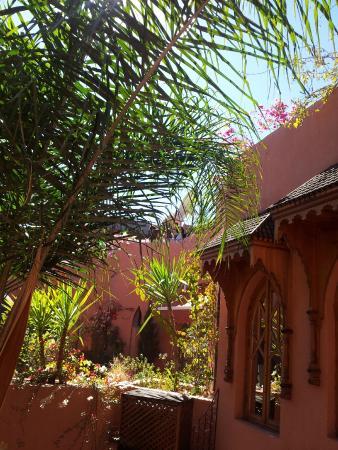 Riad Amira Victoria: blick aus zimmer 8