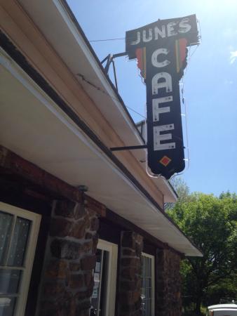 June's Cafe