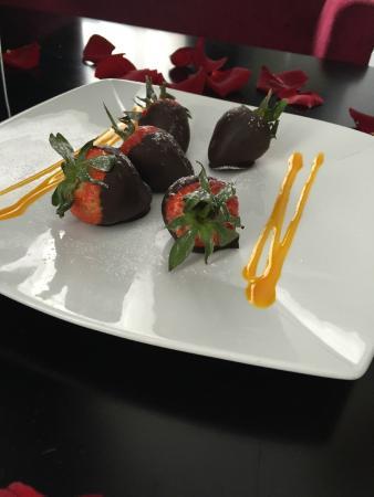 Hampton Hotel: Chocolate Strawberries