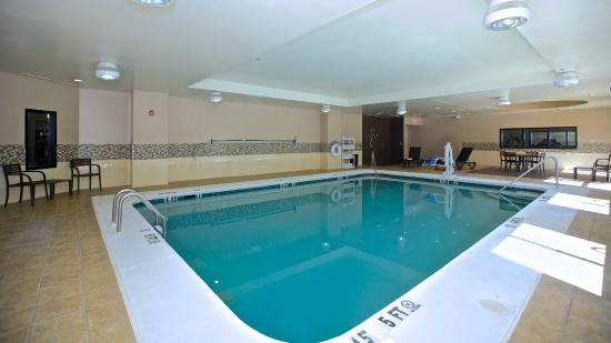 Holiday Inn Express & Suites Duluth - Mall Area: Indoor Heated Pool