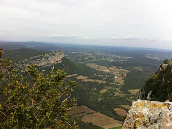 Pic St-Loup : Le sommet -vue sur l'Hortus