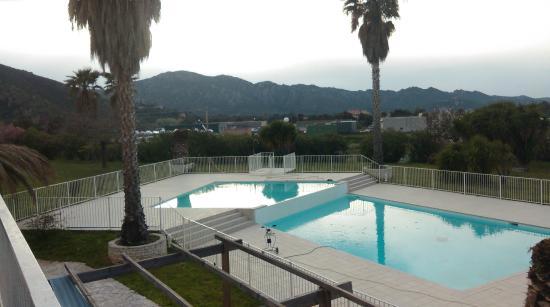Adonis Saint Florent - Résidence Citadelle : piscine