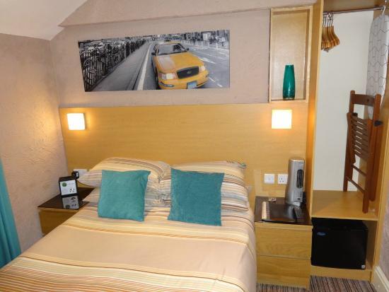 The Craimar: Double Room