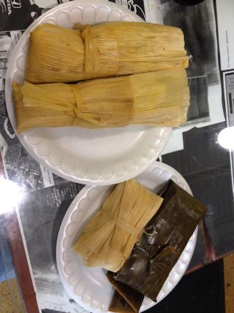 The Tamale Place: Unbelievable Tamales!