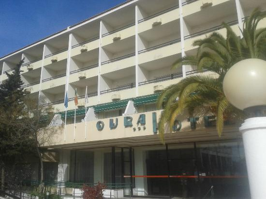 Ourahotel Aparthotel : hotel front