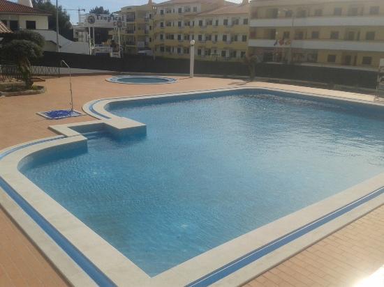Ourahotel Aparthotel : swimming pool