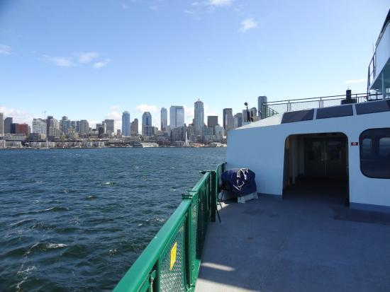 how to take a ferry in seattle