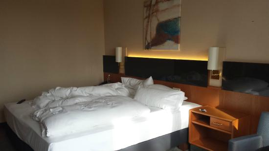Parkhotel Berghölzchen: Blick aufs Bett