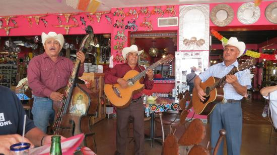 Palomas, Mexico: More music