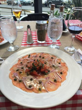 Domenico: Salmon Carpaccio