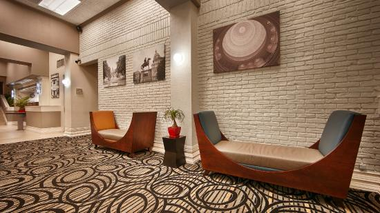 Best Western Plus Austin City Hotel: Lower Lobby