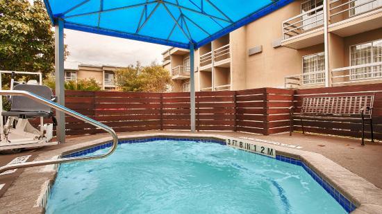 Best Western Plus Austin City Hotel: Spa