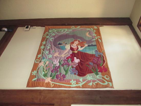 The Lodge Resort and Spa: Quilt of Rebecca the legend of the Lodge!!!
