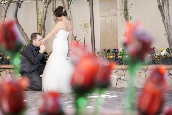 Wedding Of Flowers Las Vegas : Las vegas wedding by chapel of the flowers foto di