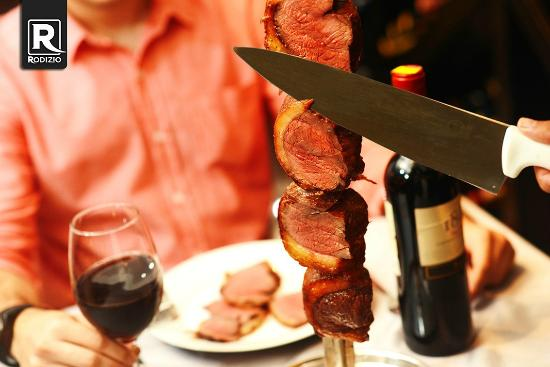 Rodizio carne e vinho