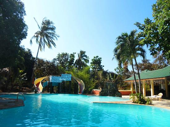 Swimming pool picture of vista venice resorts new bataan tripadvisor for Beach resort in morong bataan with swimming pool
