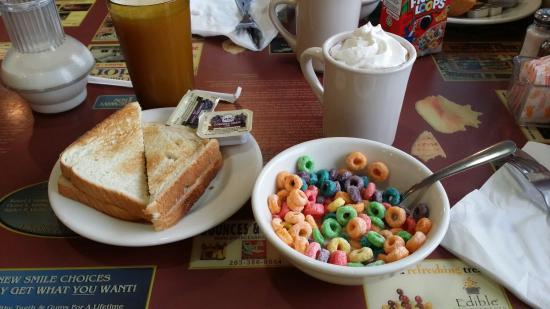Rodeway Inn Stratford : Petit dejeuner