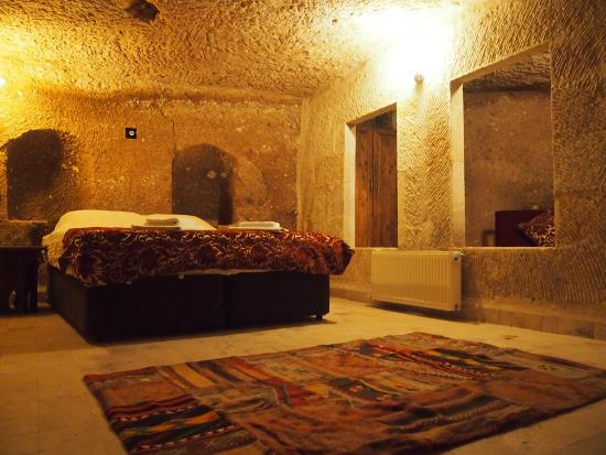 Monte Cappa Cave House: My cool cave room
