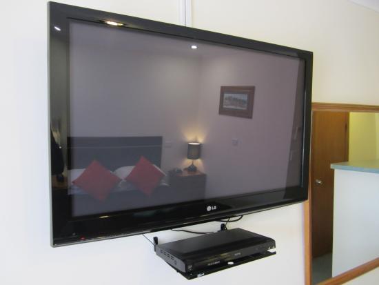 Snowgum Motel: All Rooms Have 42in HD Plasma Screens