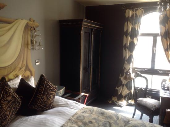 Blanch House: Harlequin room