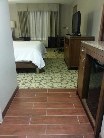Hilton Garden Inn Indianapolis/Carmel: Room Entry