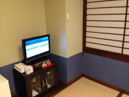 Hotel Okura: テレビも薄型でした