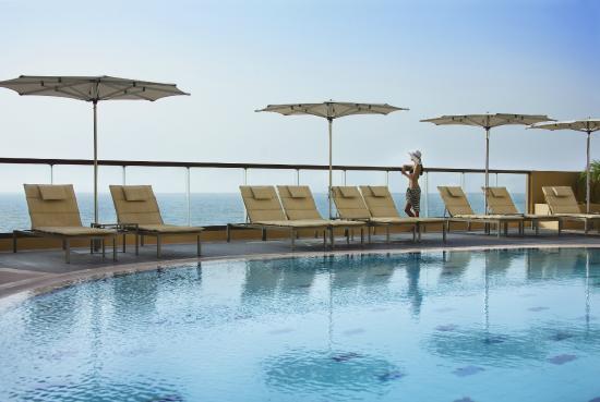 Photo of Amwaj Rotana Dubai