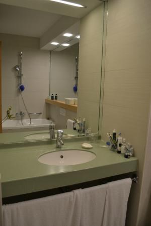 Hotel Amor : Bathroom