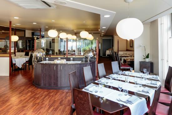 Kyriad Prestige Clermont Ferrand : restaurant
