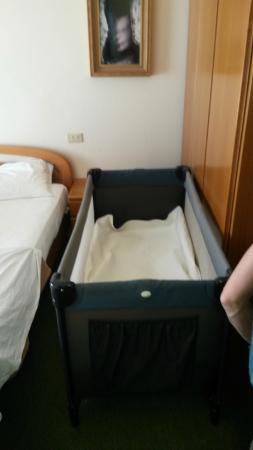Hotel Mon Repos : spazio inesistente