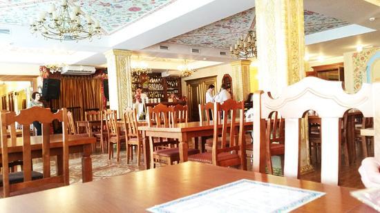 Kolyada Cafe