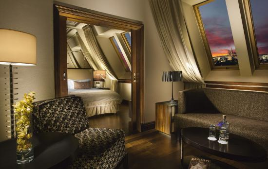Radisson Blu Alcron Hotel, Prague: Castle View Suite