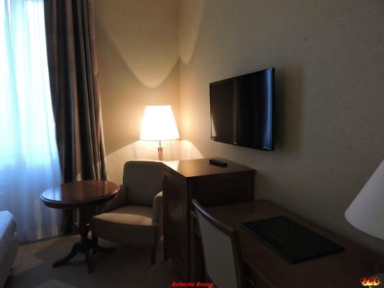 Hotel Apogia Lloyd Roma: Camera